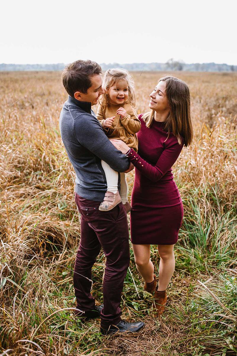 Jesienna sesja rodzinna w plenerze