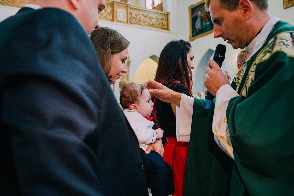 Fotoreportaż z chrzcin Kubusia